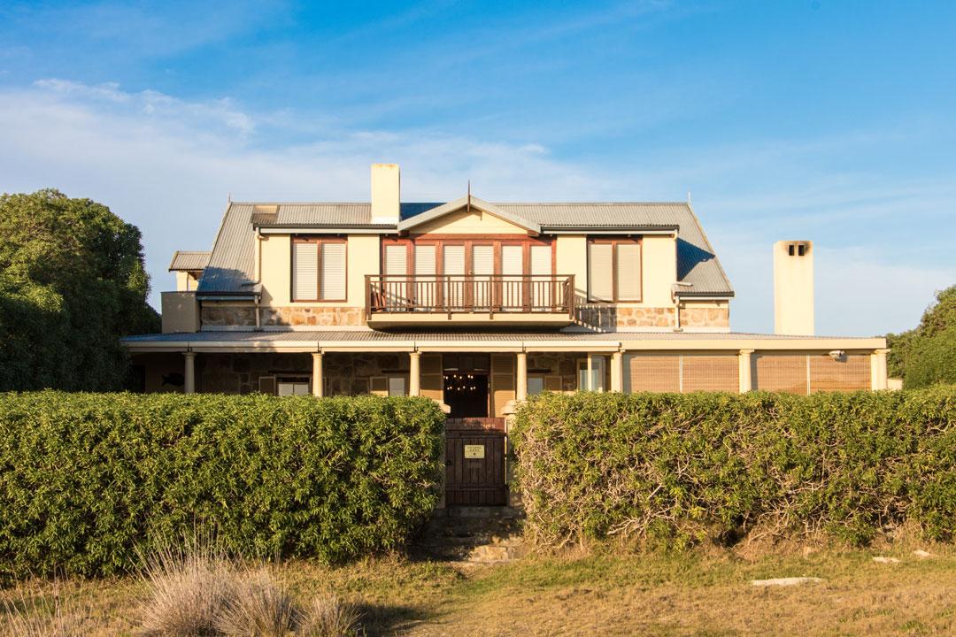 Greystones Beach House – House Decor Ideas
